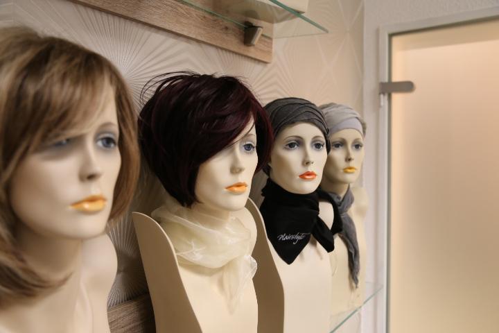 http://haarersatz-halle.de/wp-content/uploads/2011/09/Hinze_Hairstyling_Haarersat_Halle_Saale.jpg
